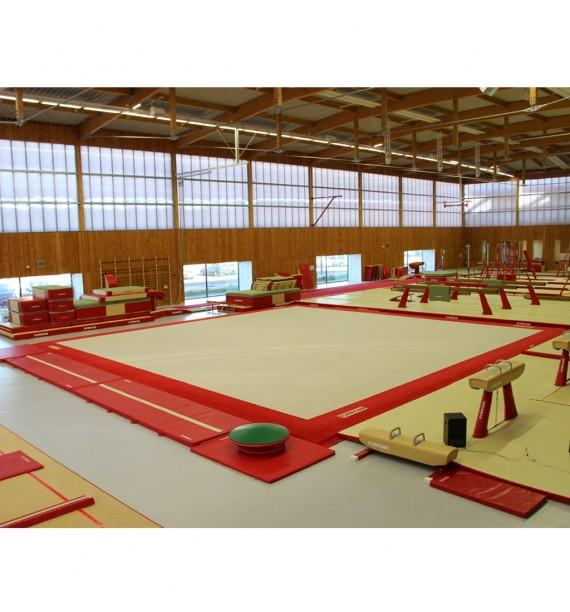 LONDON COMPETITION EXERCISE FLOOR WITH OVERLAY CARPET - 14 x 14 m (*) - FIG Approved