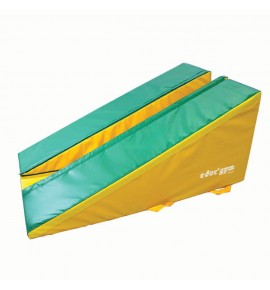 RAISED INCLINE SECTION FOAM MODULE - 160 x 100 x 72 cm