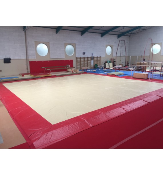 EXERCISE FLOOR OVERLAY TARPAULIN IN SMOOTH PVC - 12.30 x 12.30 m